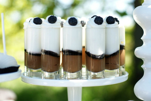 chocolate-shot-glasses-wedding