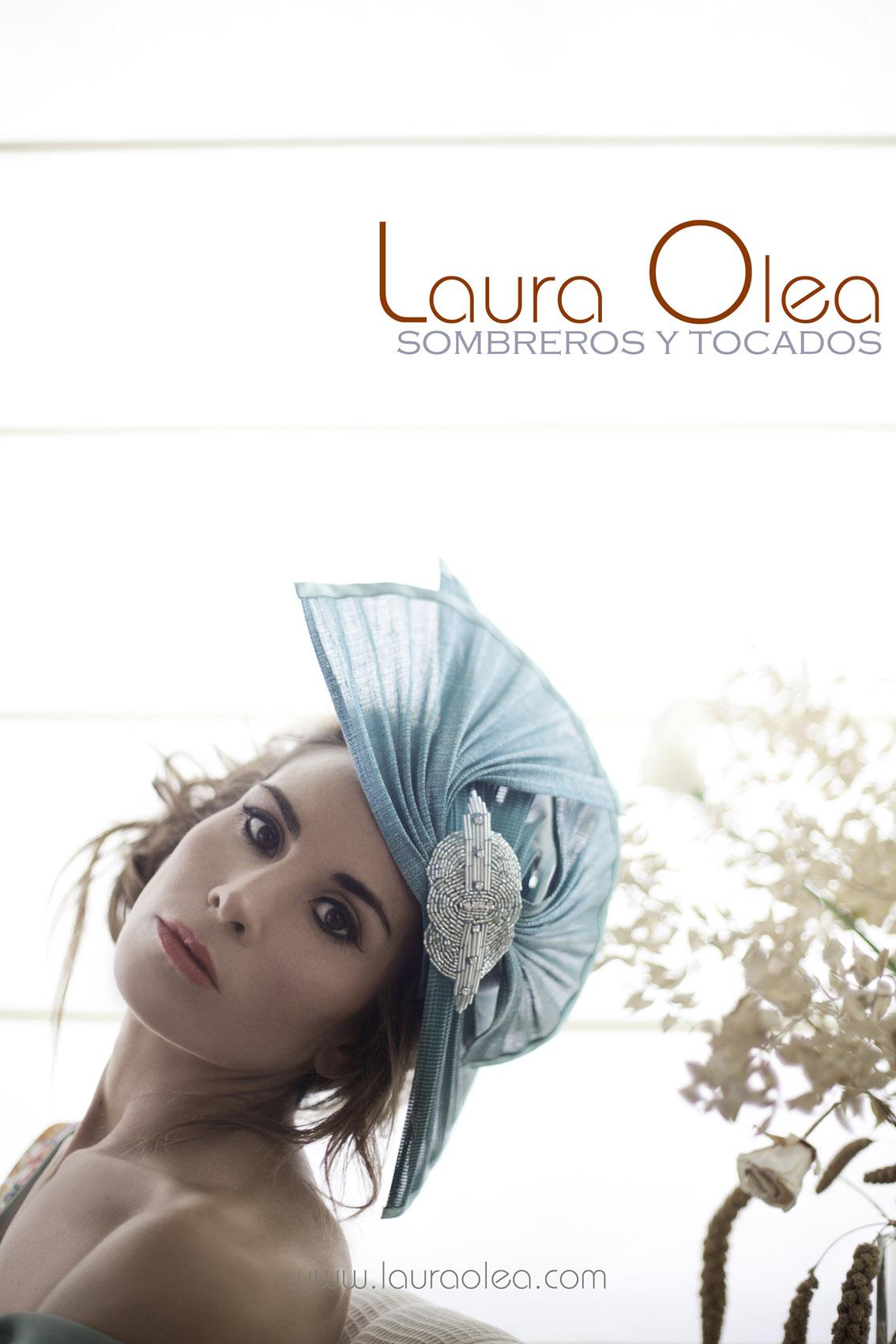 Los tocados de Laura Olea…  4164aab7446
