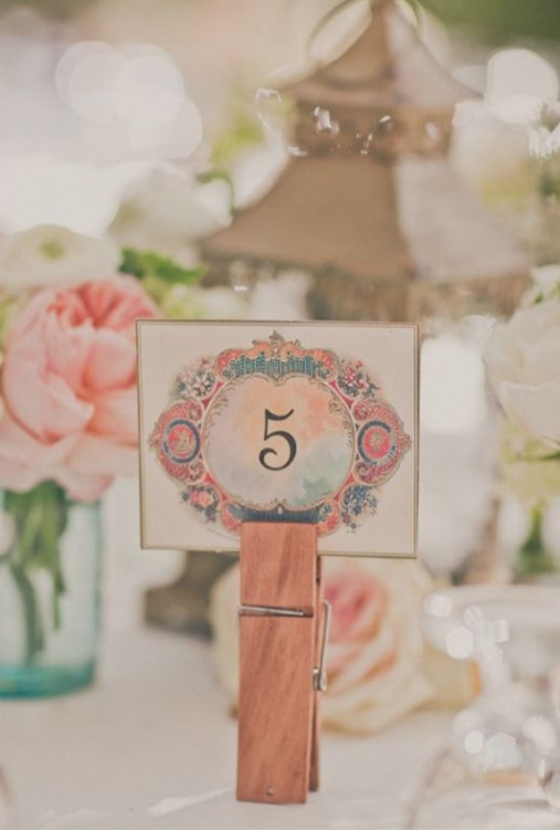 vintage-clothespin-table-name-holder